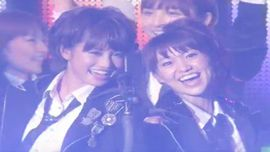 AKB48 「ヘビーローテーション」 (Live Performance)
