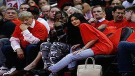 恋多きカイリー・ジェンナー、トラヴィス・スコットとNBAの試合を観戦