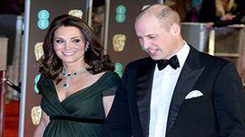 キャサリン妃、英国アカデミー賞に黒のドレスで現れずネットで大炎上