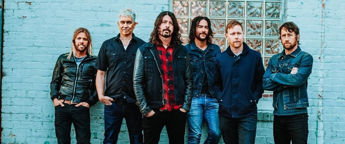 FOO FIGHTERS | ARTIST OF THE MONTH